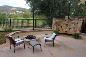 Etonnant D To Create An Inviting Outdoor Patio Where You Can Enjoy Your Time Outside  Without Worrying About Having To Take The Time To Care For A Large Lawn.